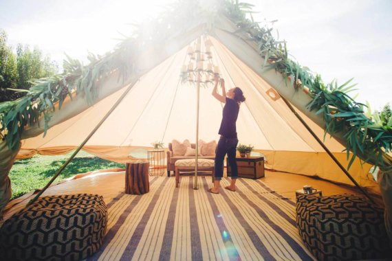 stout+tent+lounge+tent+chandelier